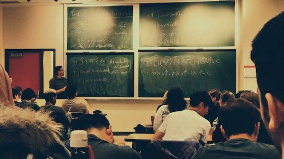 Consecuencias de no asistir a clase en la universidad